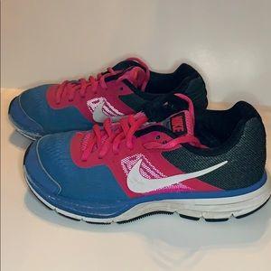 Nike Pegasus 30 size 3 Girls